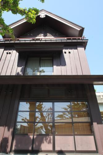 横浜水天宮平沼神社神楽殿